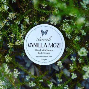 vanilla mozi cream in flowers